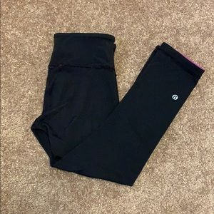 Lululemon Reversible Capris Leggings Size 4!